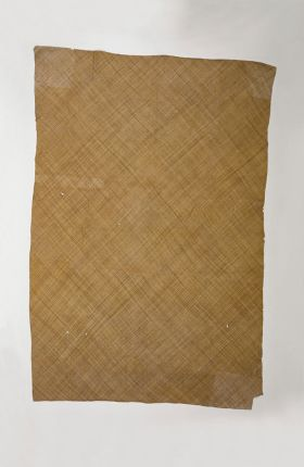 A piece of very fine matting made of light brown plantain leaf fibres.