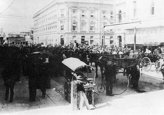 Election day in Adelaide, 25 April 1896.