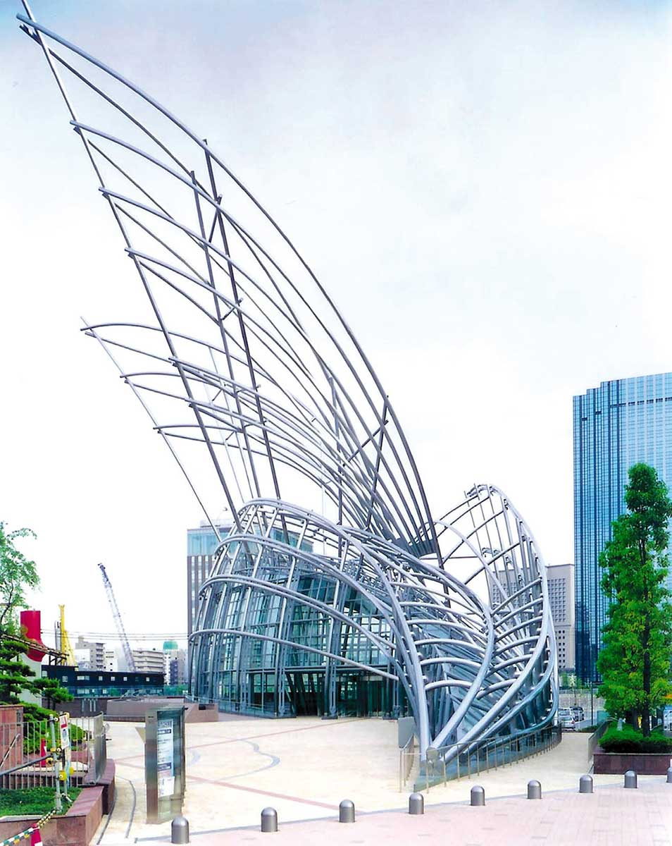 National Museum of Art, Osaka. - click to view larger image
