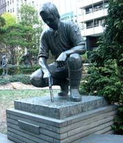 Photo of a statue of Fawkner in Melbourne.