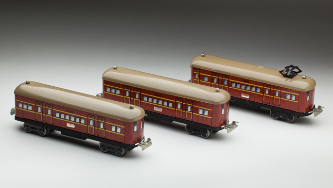 New South Wales Railways suburban electric train set made by Ferris Bros Pty Ltd