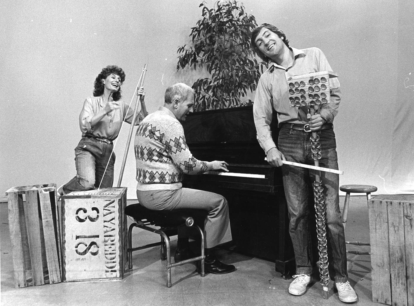 Benita Collings, Warren Carr and John Waters - click to view larger image