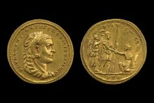 An image showing both sides of the gold medallion of Constantius. On the left is the side profile of a man, with Roman text around the edge. On the right is an image of one man knelling before another.