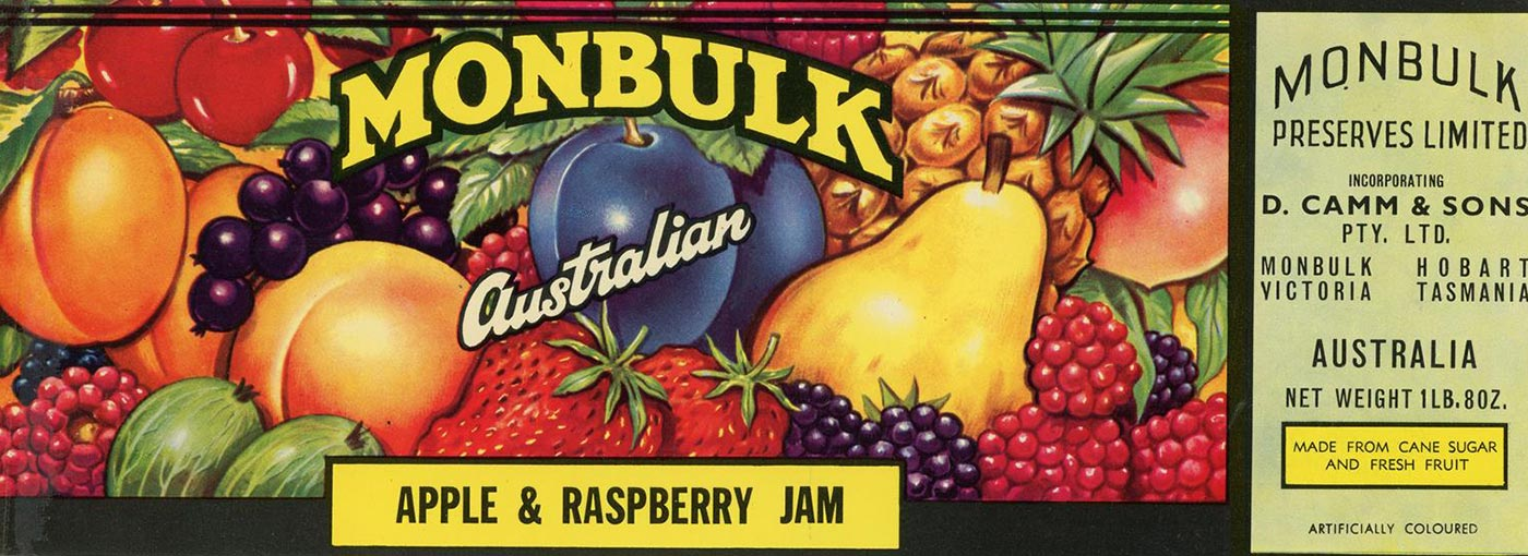 Label for Monbulk Apple and Raspberry Jam. - click to view larger image