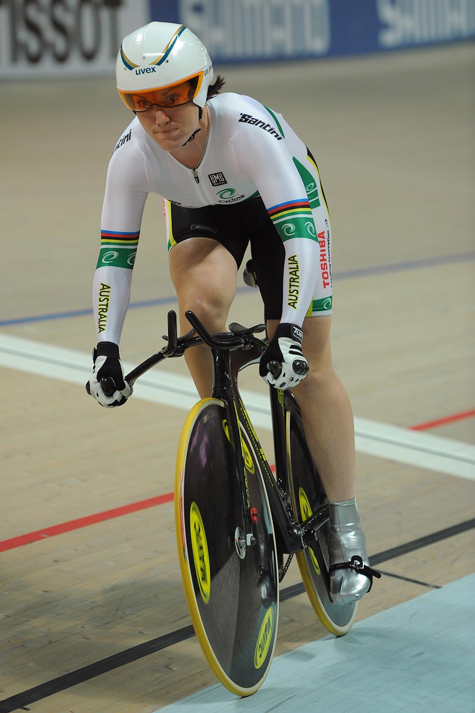 Anna Meares competing in the 500-metre time trial final at the World Track Championship in Poland, 2009. - click to view larger image