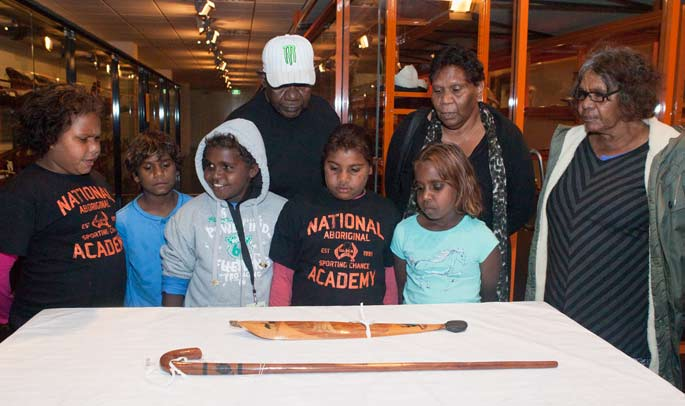 Students from the Ntaria School visit the Museum and see objects made by their grandfather Albert Namatjira