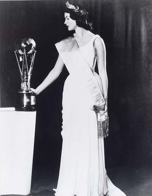 June Finlayson, Miss Australia 1956 - click to view larger image