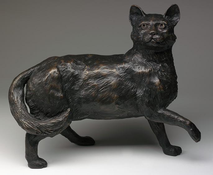 Bronze statue of a cat