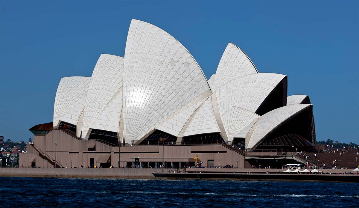 Panorama of the Sydney Opera House. - click to view larger image