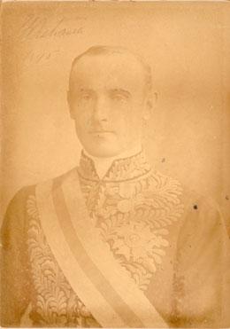 Portrait photograph of Lord Hopetoun