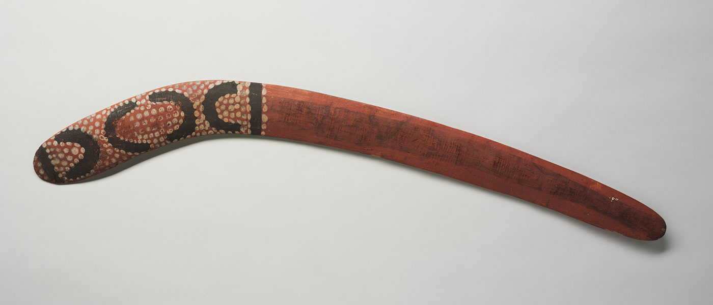 Painted wooden boomerang. - click to view larger image