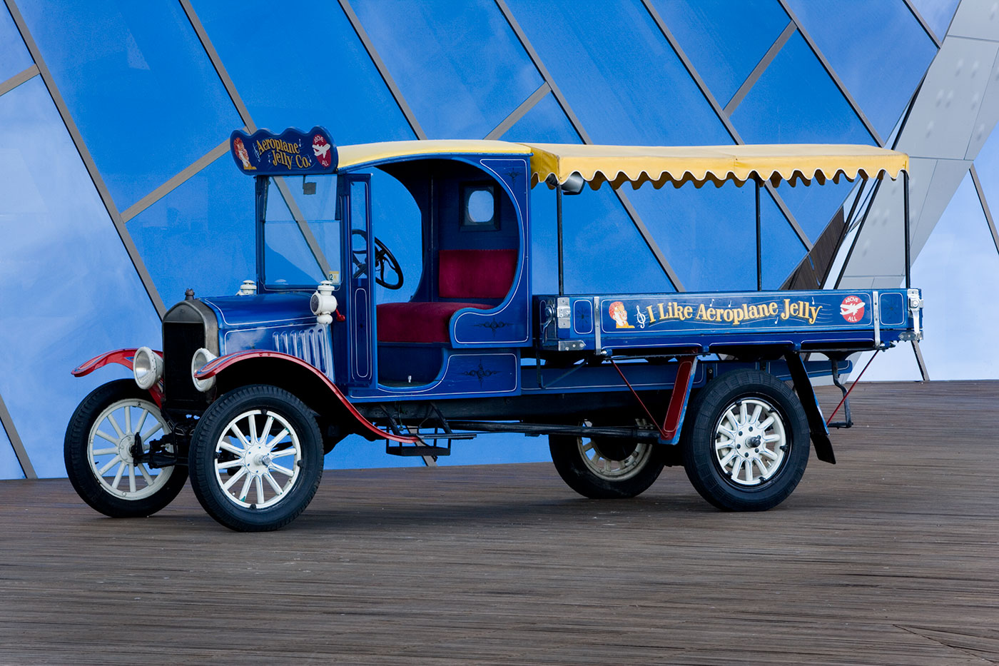 T-Model Ford light truck. - click to view larger image