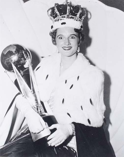 Maureen Kistle, Miss Australia 1955 - click to view larger image