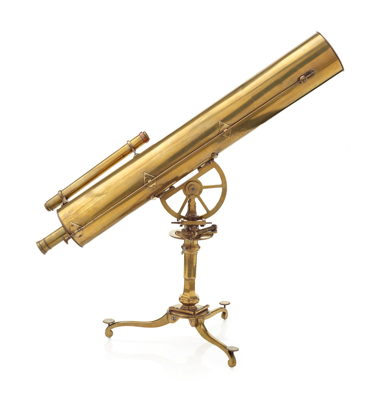 Side view of a brass telescope mounted on a stand with three feet.