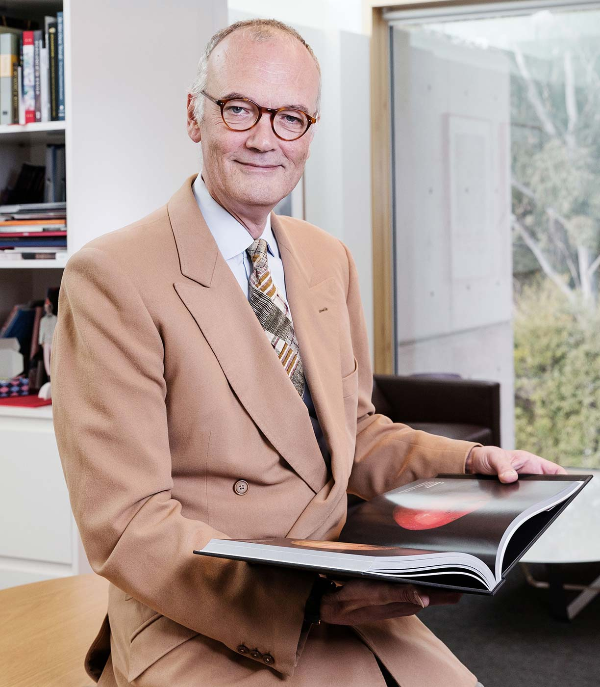 Portrait of Angus Trumble in his office.