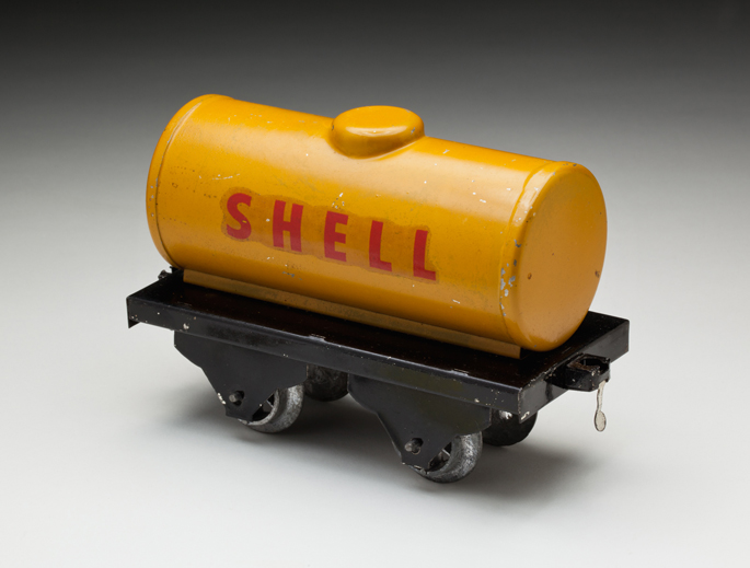 Generic petrol tank wagon, made from tinplate by Donald Cranko