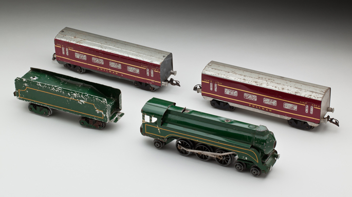 New South Wales Railways C38 class locomotive with tender and passenger cars, made from aluminium by Maurlyn Manufacturing Pty Ltd