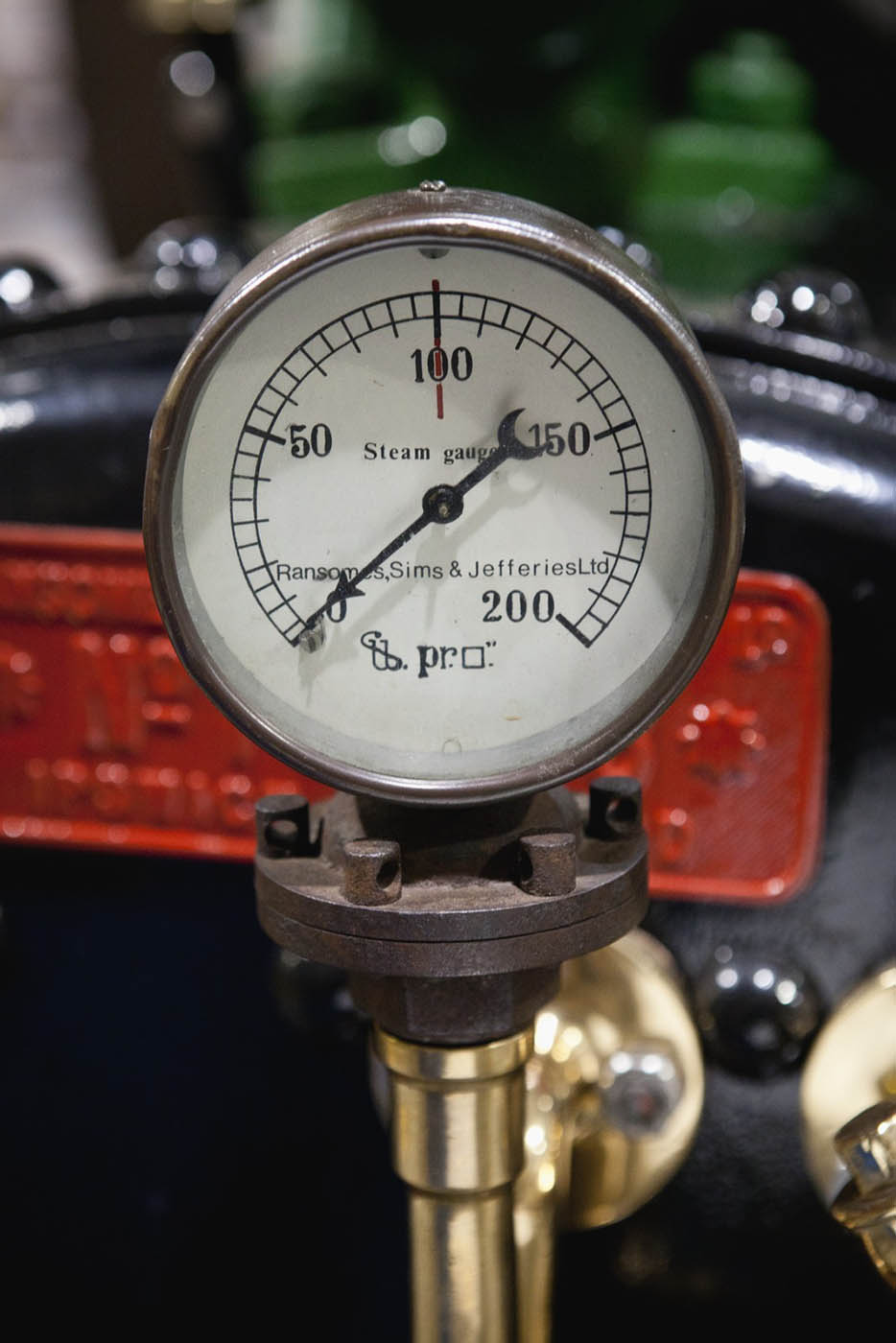 A colour photograph of a Ramsomes, Sims & Jefferies steam gauge, with a maximum level of 200. - click to view larger image