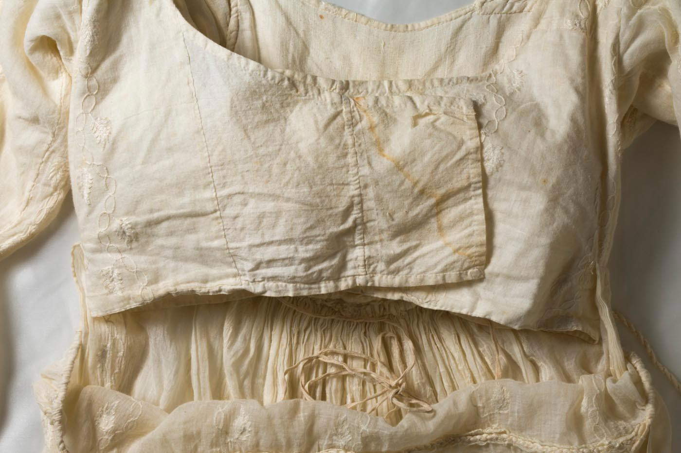 Front of bodice of a dress. - click to view larger image