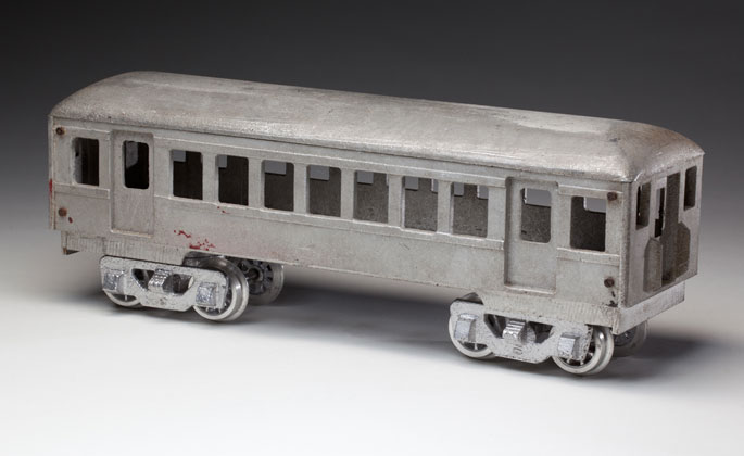 Unpainted generic coach, made from cast aluminium by Edward Esdaile