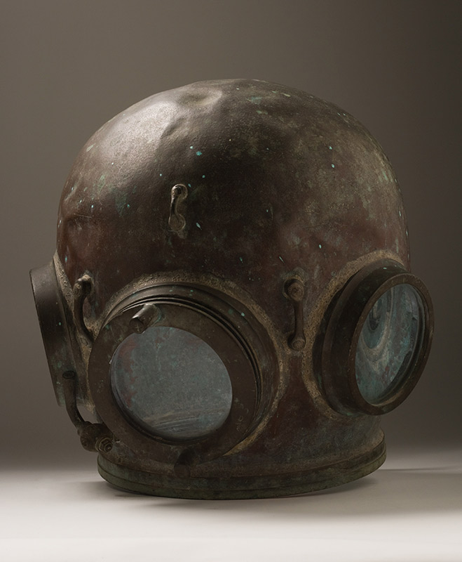 Pearl diving helmet - click to view larger image