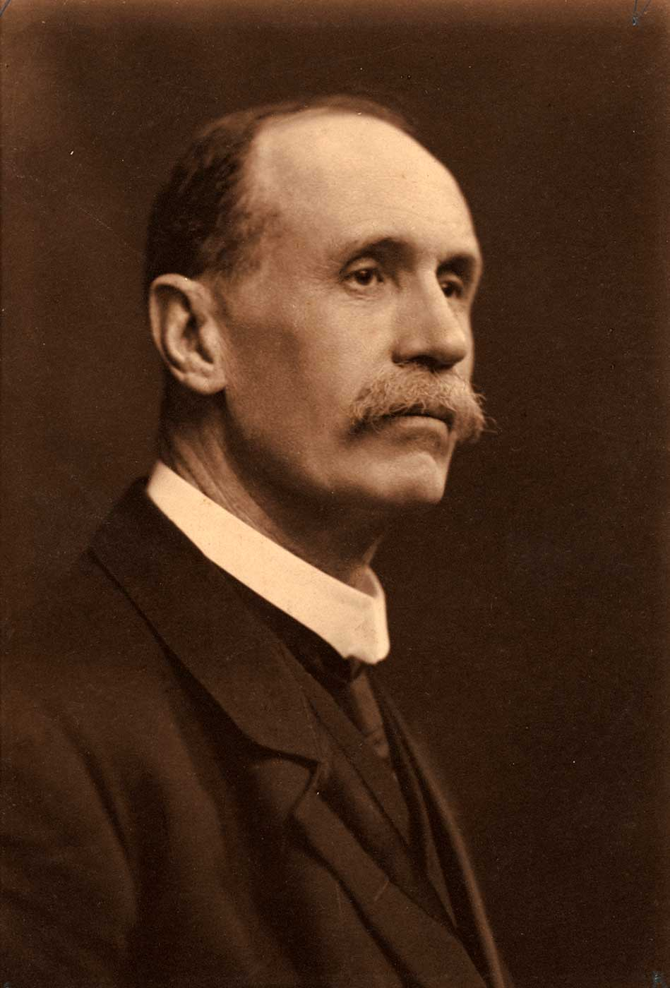 Photographic portrait of JHP Murray