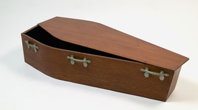 Small coffin with lid.