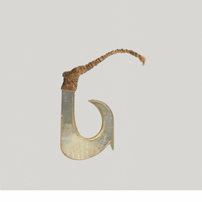 Hook Mother of Pearl of Mother-of-pearl With a