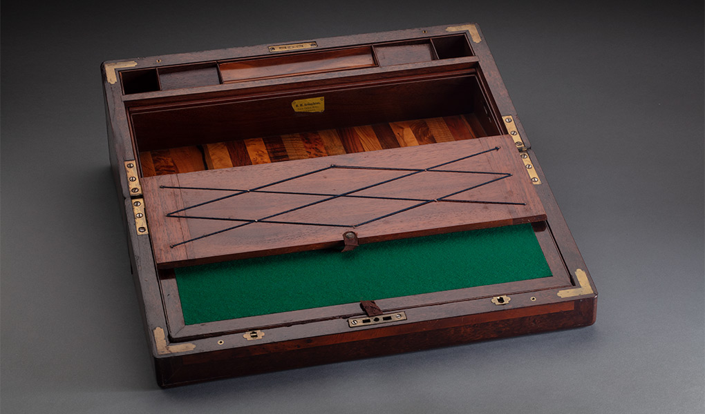Timber writing set, open, with timber inlay and green felt lining. - click to view larger image